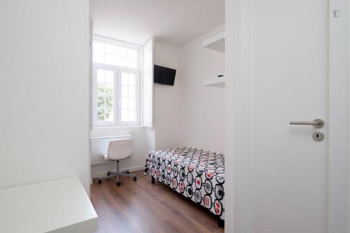 Welcoming studio in residential Penedo da Saudade  - Gallery -  1