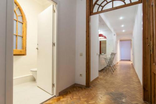 Welcoming double bedroom in L'Antiga Esquerra de l'Eixample  - Gallery -  1