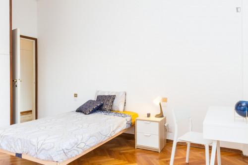 Wonderful single bedroom close to MM Missori  - Gallery -  3