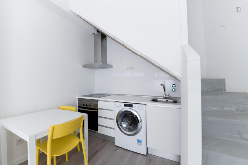 Very neat single ensuite bedroom in residential Berruguete  - Gallery -  7