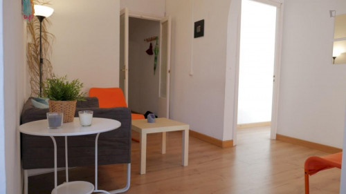 Wonderful double bedroom close to Urquinaona metro station  - Gallery -  4