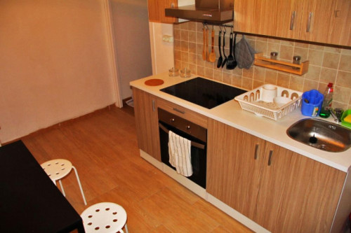 Wonderful double bedroom close to Urquinaona metro station  - Gallery -  8