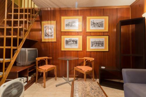 Super cool 2-bedroom apartment in La Latina  - Gallery -  3