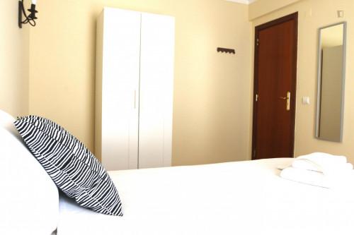 Sunny single bedroom near Carcavelos train station  - Gallery -  2