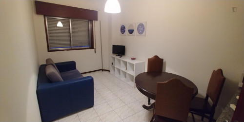 Sunny 1-bedroom apartment in Pedrouços  - Gallery -  1