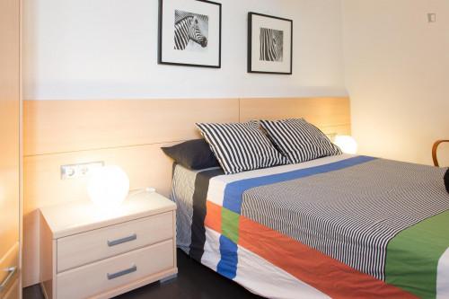 Tasteful double ensuite bedroom in El Barri Gótic  - Gallery -  3