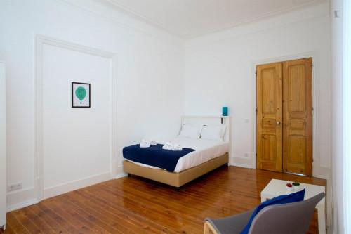 Tasteful double bedroom in Saldanha  - Gallery -  2