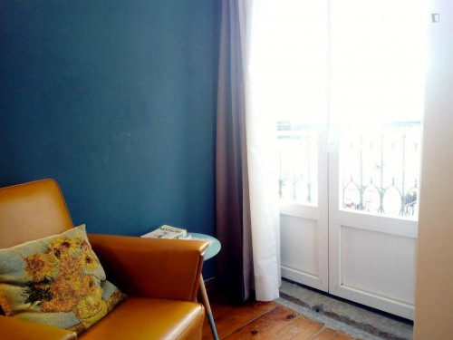 Vintage studio with balcony and river view  - Gallery -  5