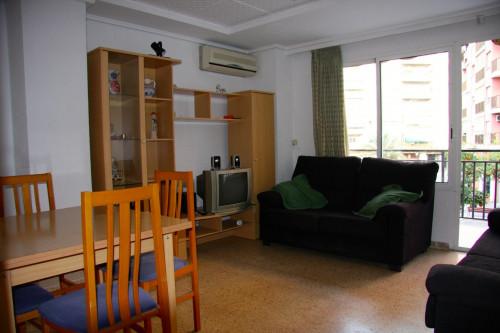 Welcoming single bedroom close to Aragón metro station  - Gallery -  5