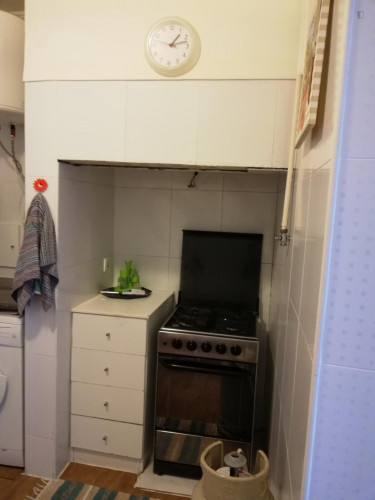 Well-located double bedroom near metro station Alameda  - Gallery -  9