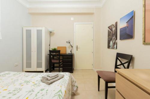 Very nice single bedroom close to Parque de Berlin  - Gallery -  4