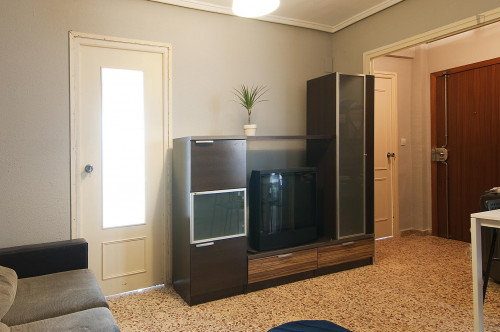 Very cool double bedroom in L'Amistat  - Gallery -  6