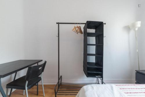 Tasteful double bedroom near Escuela Técnica Superior de Ingeniería  - Gallery -  2