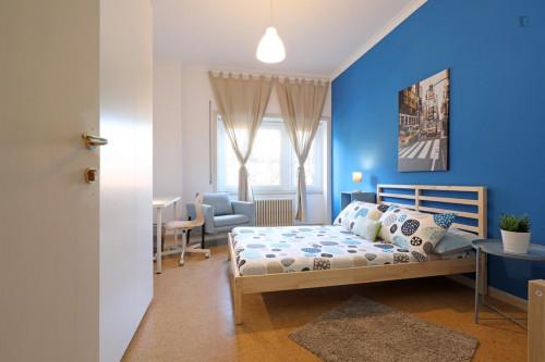 Tasteful double bedroom near the Garbatella metro  - Gallery -  1
