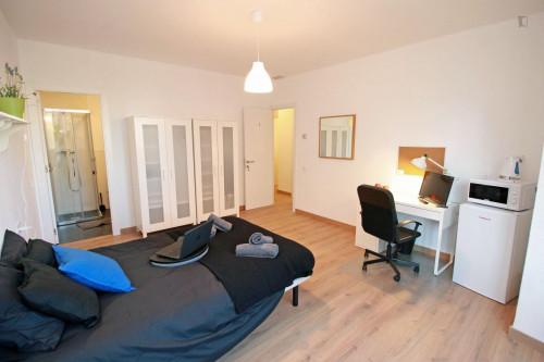 Very elegant double bedroom with an ensuite bathroom, in Fort Pienc  - Gallery -  1