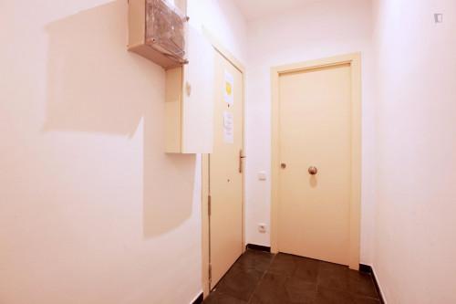 Well-located double ensuite bedroom in El Raval  - Gallery -  6