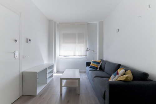 Twin bedroom, with an ensuite bathroom, in Berruguete  - Gallery -  3