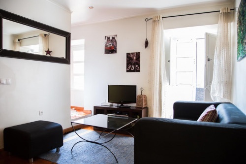 Well-decorated 1-bedroom apartment in central Bairro Alto  - Gallery -  6