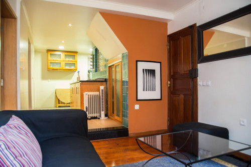 Well-decorated 1-bedroom apartment in central Bairro Alto  - Gallery -  8