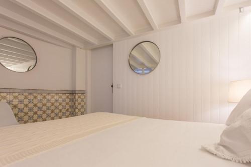 Studio apartment close to Rossio metro station  - Gallery -  1