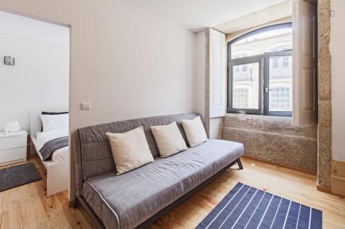 Very cool 1-bedroom flat close to Universidade do Porto  - Gallery -  3