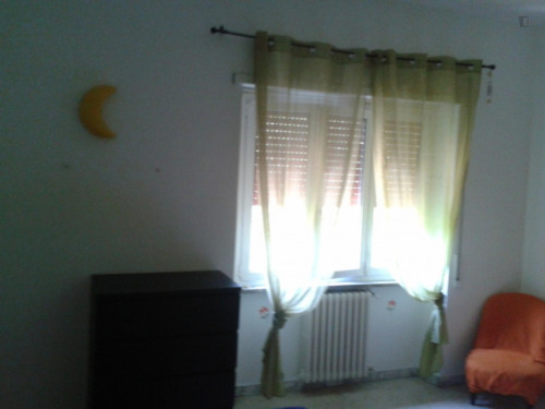 Very neat double bedroom in Ardeatino  - Gallery -  3