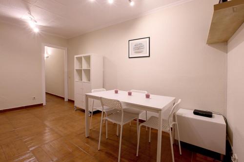 Wonderful 2-bedroom apartment in El Poblenou  - Gallery -  3
