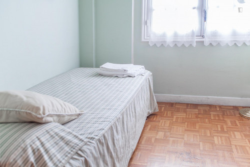 Super Comfortable single room near Universitat de Barcelona  - Gallery -  1