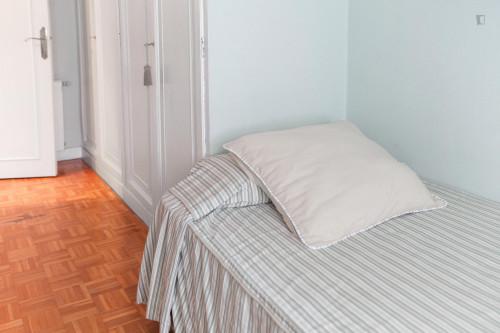 Super Comfortable single room near Universitat de Barcelona  - Gallery -  2