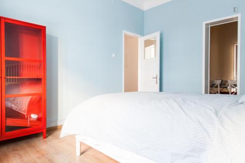 Sunny double bedroom near Instituto Superior Técnico  - Gallery -  3