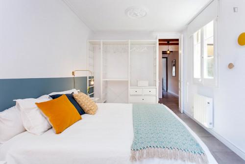 Wonderful 3-bedroom apartment near Sant Antoni metro station  - Gallery -  5