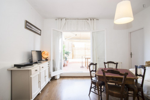 Super cool 3-bedroom flat with terrace  - Gallery -  1