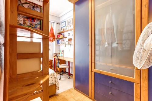 Warm single bedroom near Antonio Machado metro station  - Gallery -  4