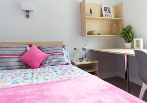 Two Bed Apartment - Gallery - 6