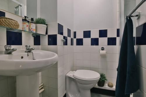 iq-fiveways-house--105619743620181118113419AM.jpeg
