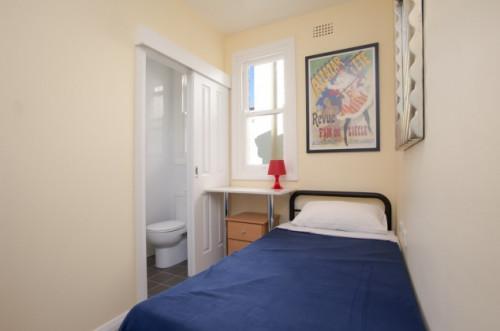 crown-street-142--darlinghurst--564963120190409083914AM.jpeg