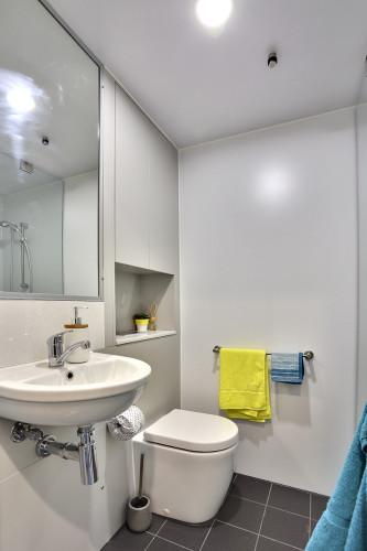 Twin Bedroom with En-Suite - Gallery - 2