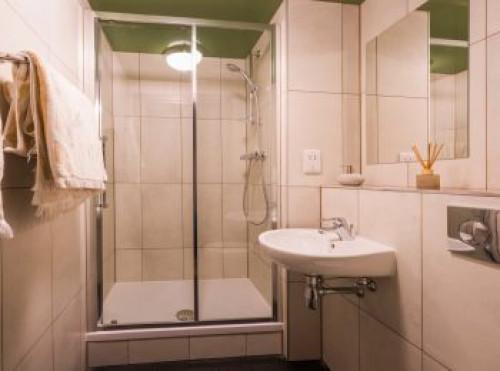 fontenoy-apartments--183372317720200127080829AM.jpeg
